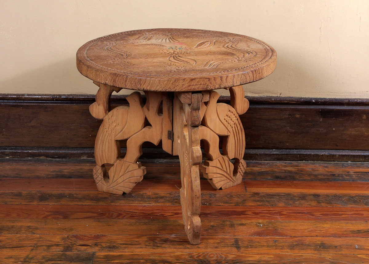 Carved Wood Tripod Table With Bird Legs ...