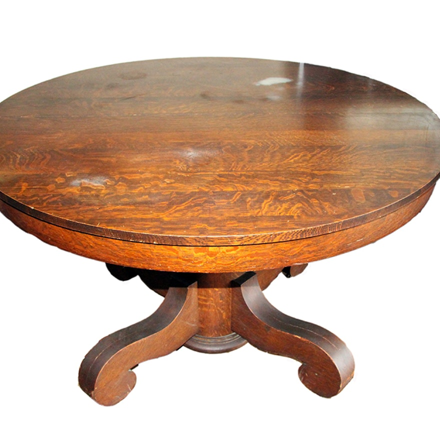 Round Quarter Sawn Oak Dining Table