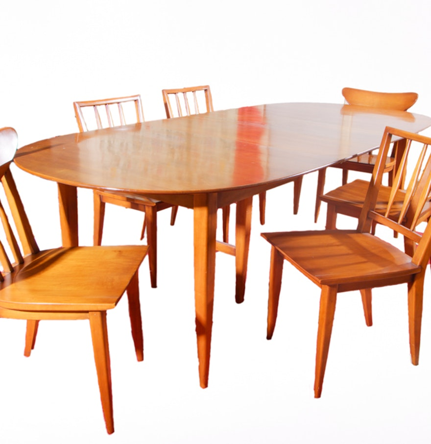 Mid Century Modern Willett Dining Table And Chairs : EBTH