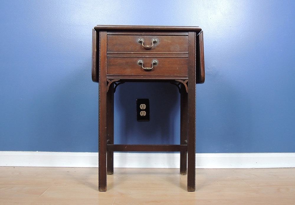 Merveilleux Vintage Brandt Mahogany Drop Leaf Side Table ...