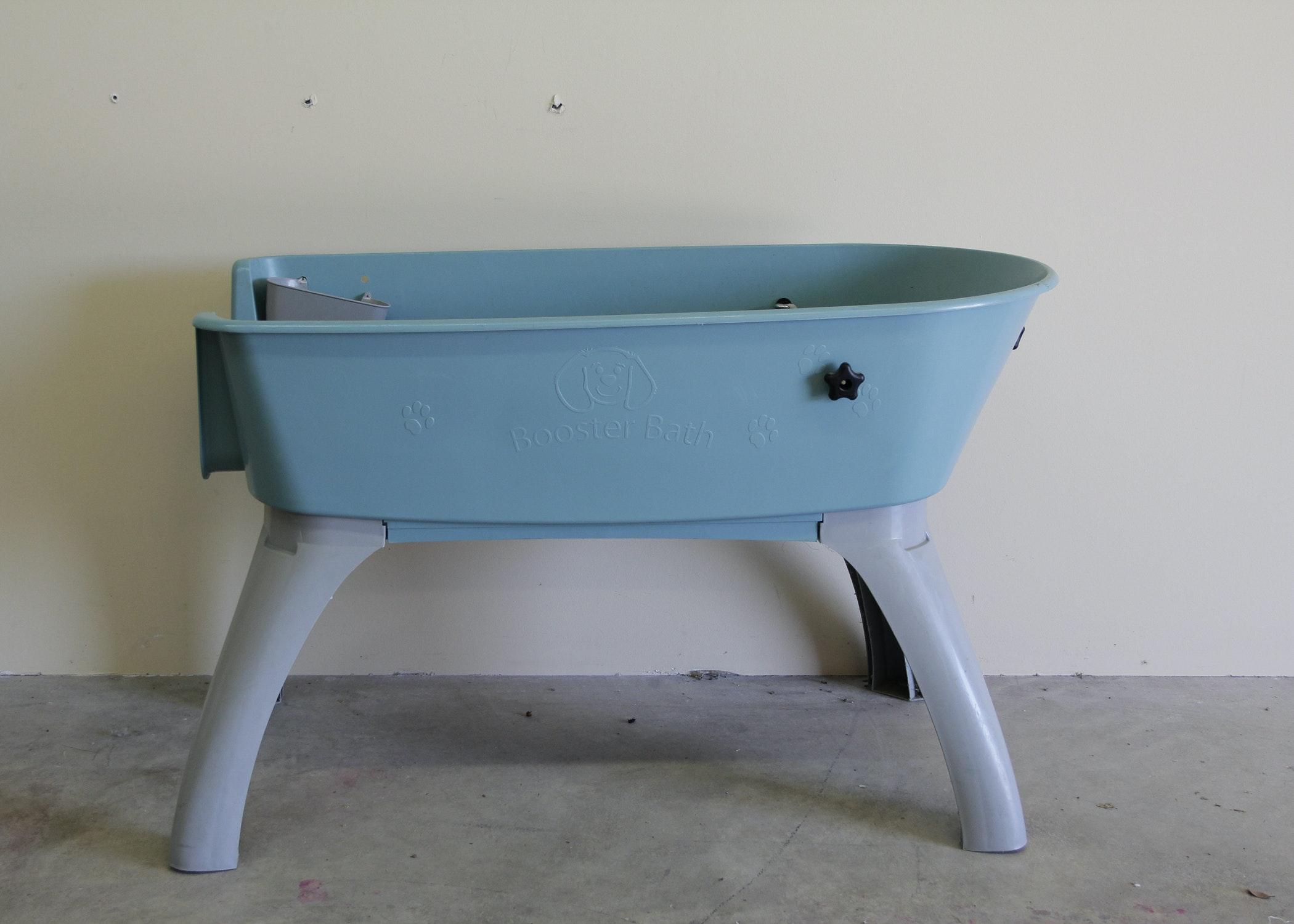 Plastic Dog Washing Table ...