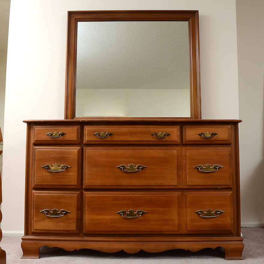 Sumter Cabinet Co Dresser And Mirror Ebth