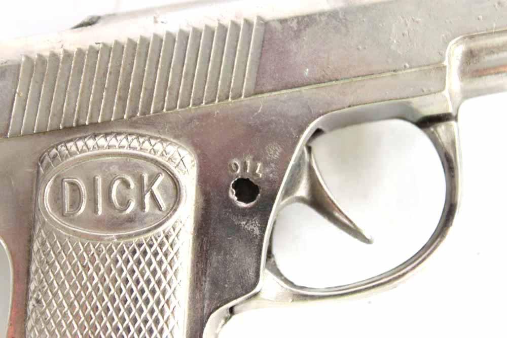 dick cap gun Vintage