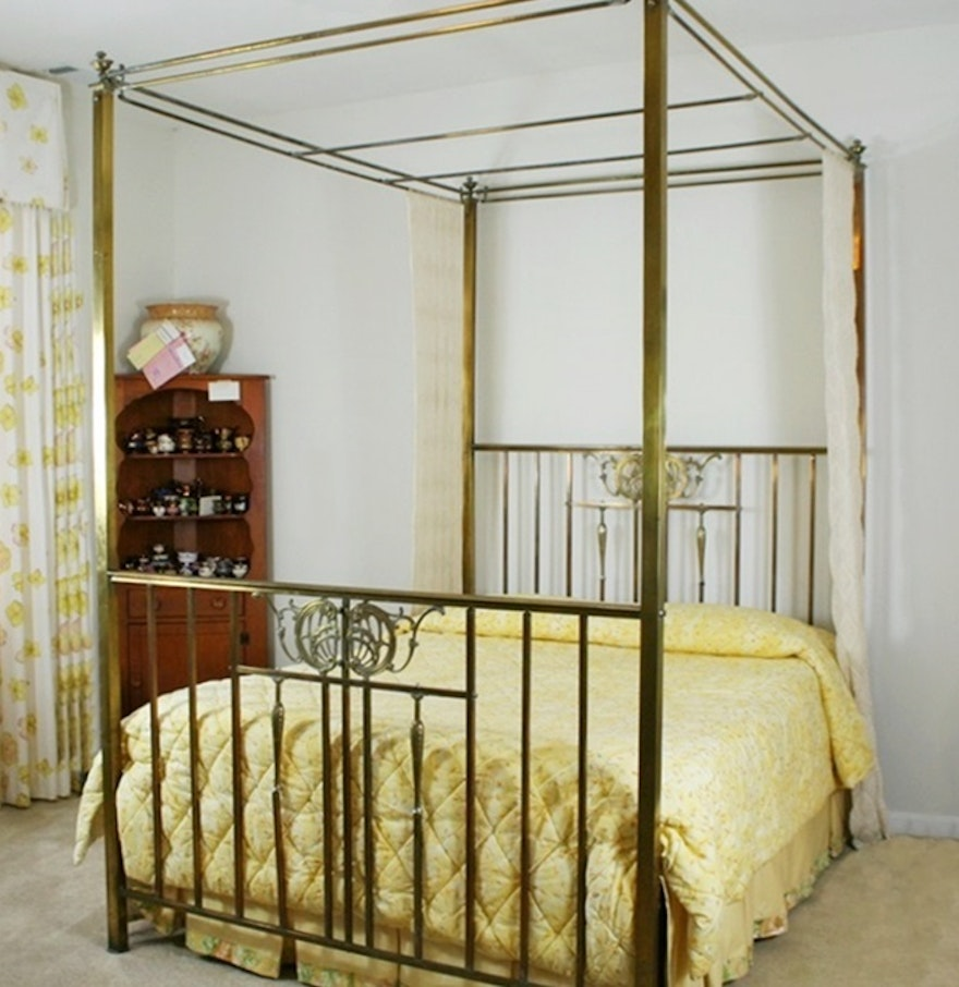 antique four poster canopy brass bed ebth. Black Bedroom Furniture Sets. Home Design Ideas