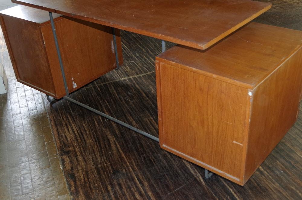 Brazilian Cherry Mid Century Modern Desk Ebth