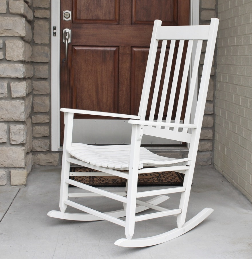New river casual furniture white wood rocking chair ebth for Jungle furniture white river