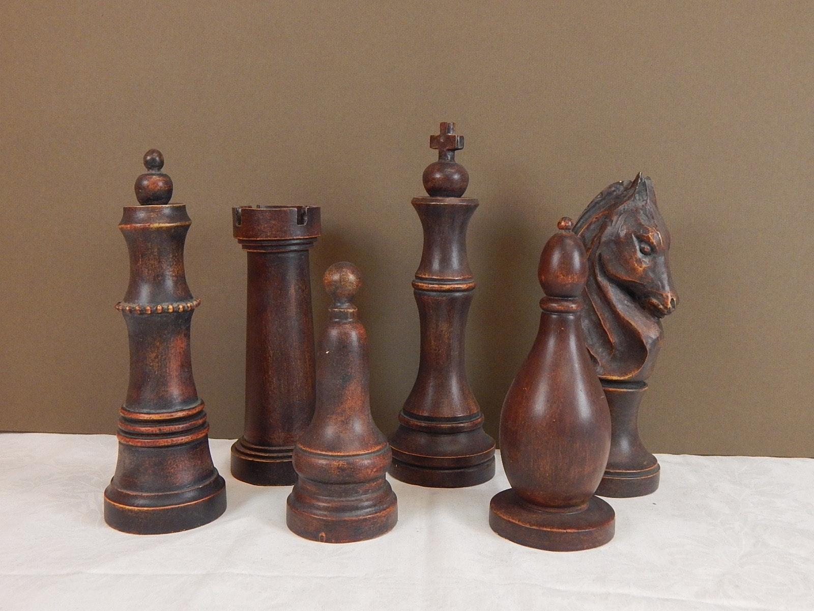 Six Piece Decorative Chess Set Pieces  Ebth. Living Room Nyc. Decoracion De Living Room. Living Room Divider Design. How To Divide A Living Room. Orange And Blue Living Room Decor. Live Chat Room Cam. Rocking Chair Living Room. Decorating Wall Units Living Room