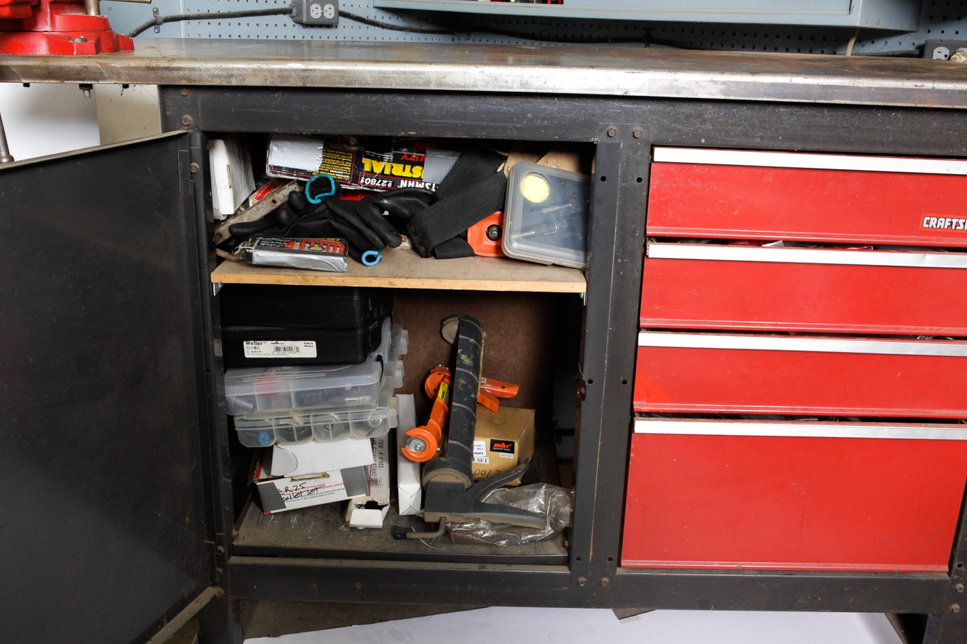 Craftsman Rolling Tool Chest With Vice Clamp And Tools Ebth