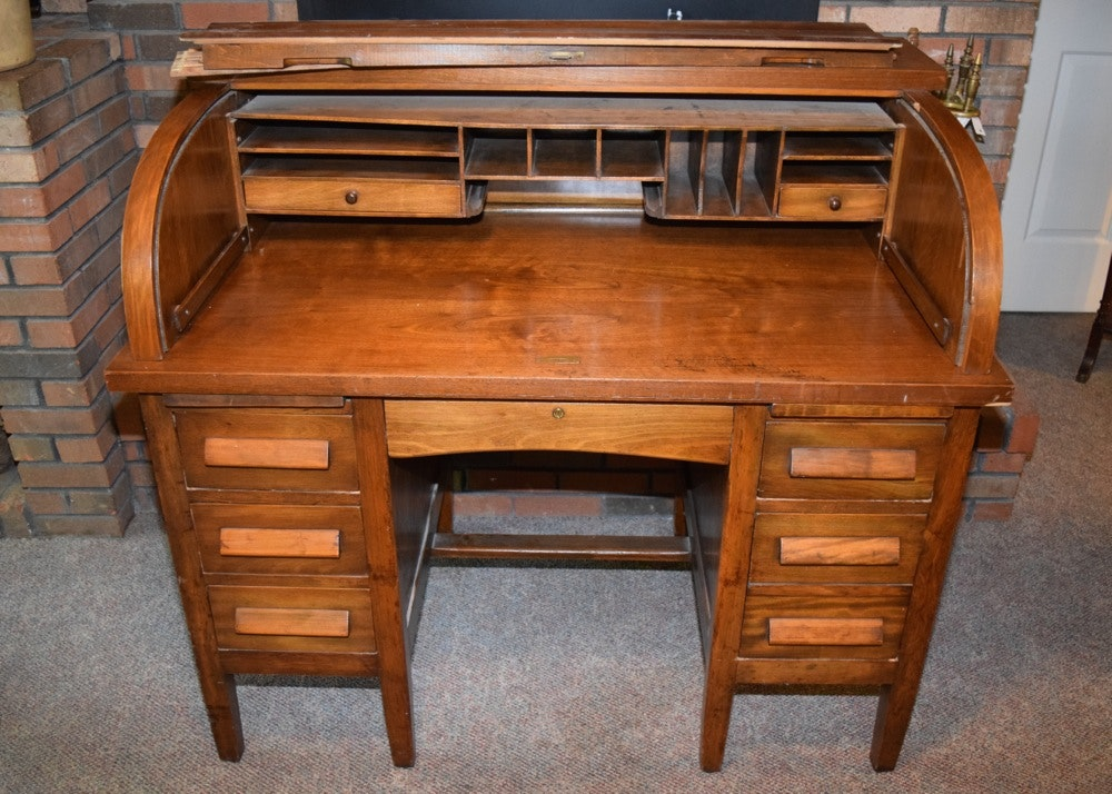mahogany antique roll top desk