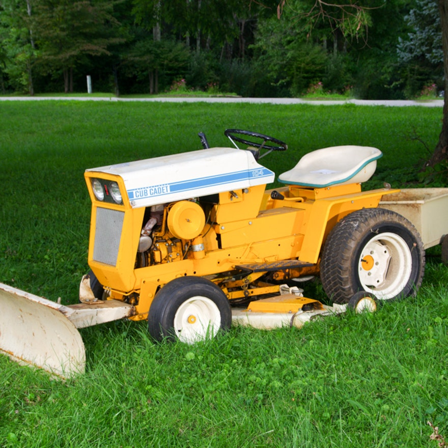 Garden Tractor Grilles : Cub cadet garden tractor with mowing deck and