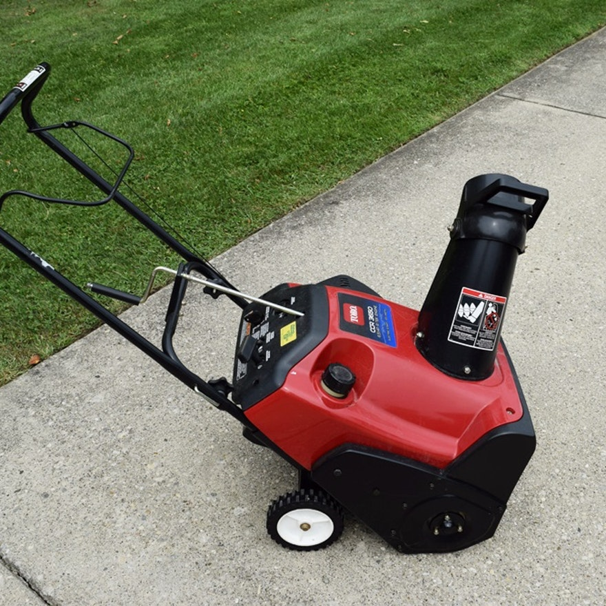 Toro Snow Blower With Electric Starter, Model 38518