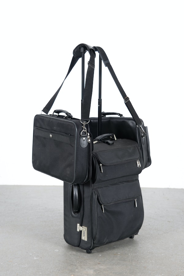 American tourister office luggage with two laptop cases ebth - American tourister office bags ...