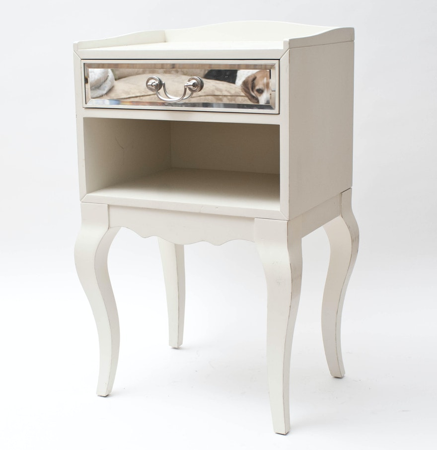 White wooden nightstand ebth for White wood nightstand