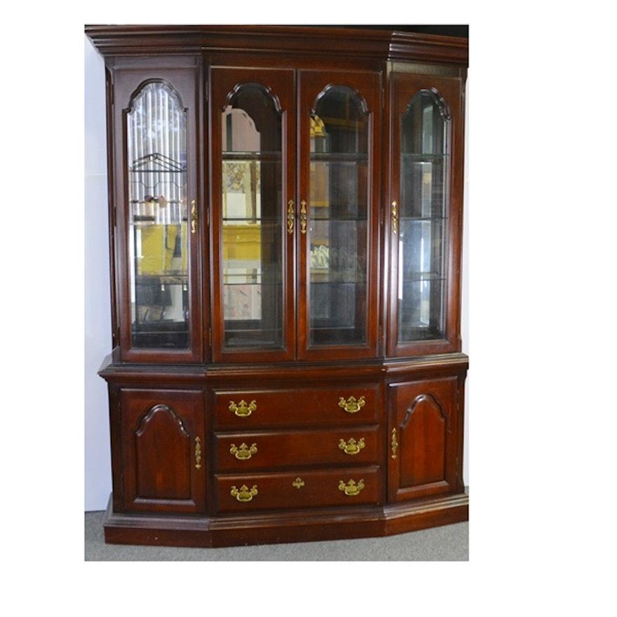 Sumter Cabinet Company Illuminated China Cabinet EBTH - Sumter cabinet company bedroom furniture
