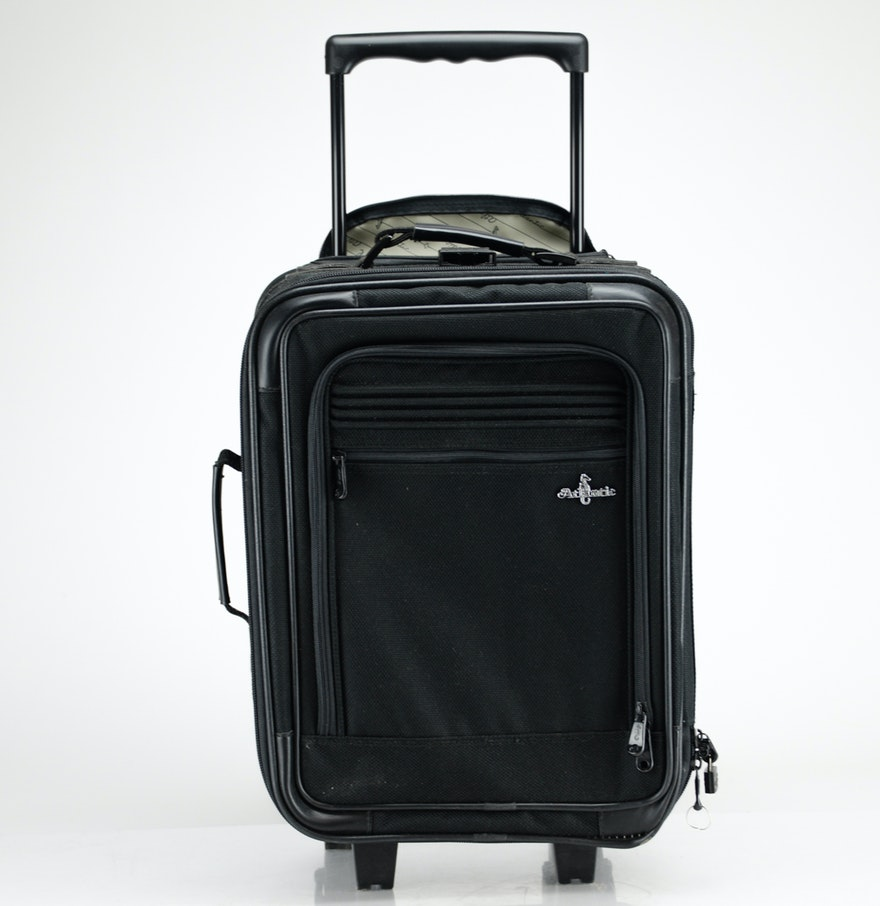 Atlantic Luggage Carry On Rolling Case : EBTH