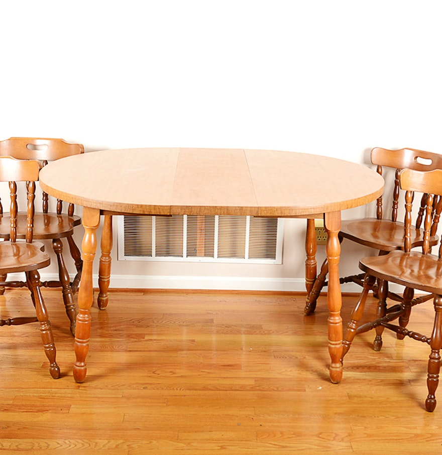 Round Dining Table And Chairs Ebth