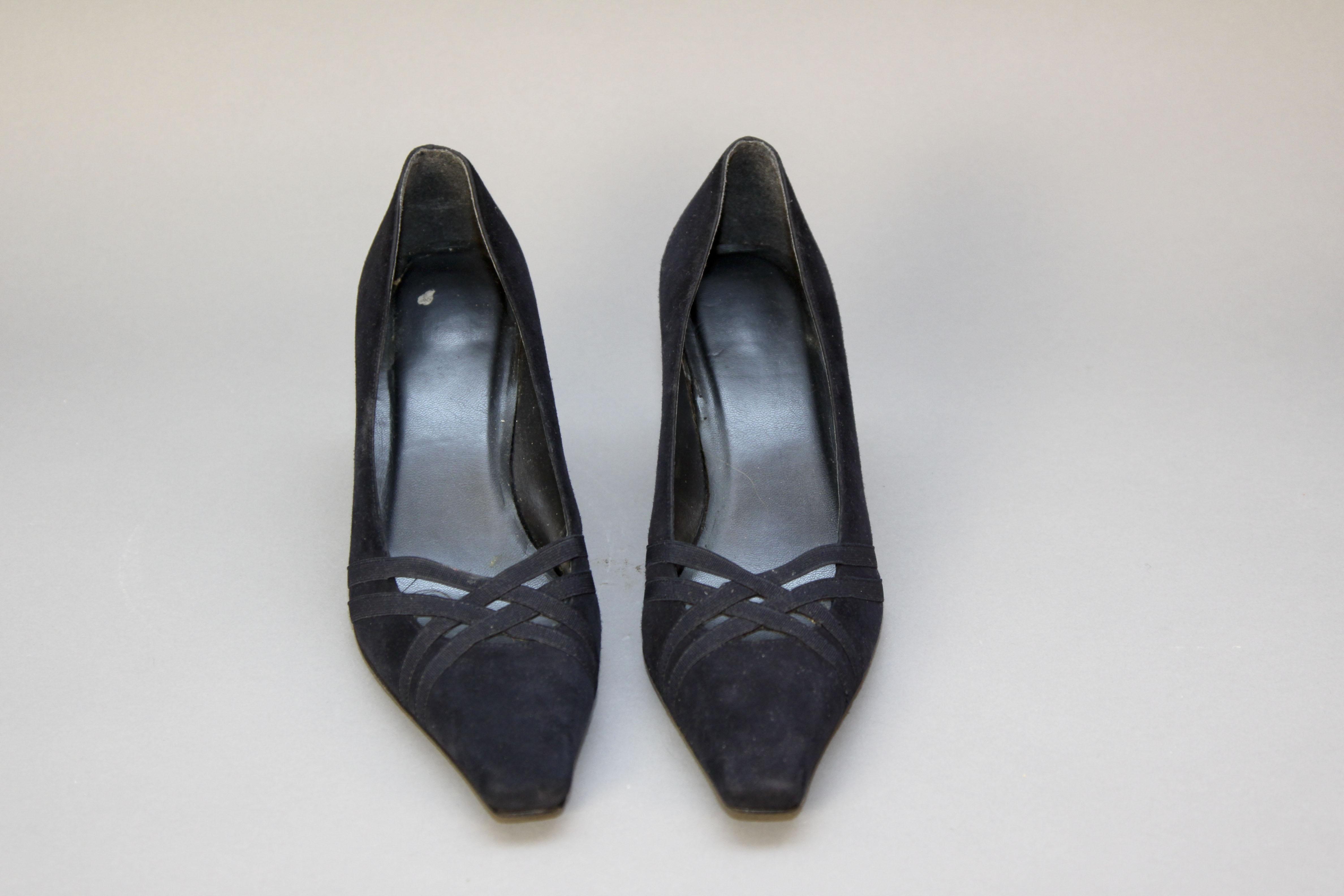 Women's Stuart Weitzman Navy Shoes Size