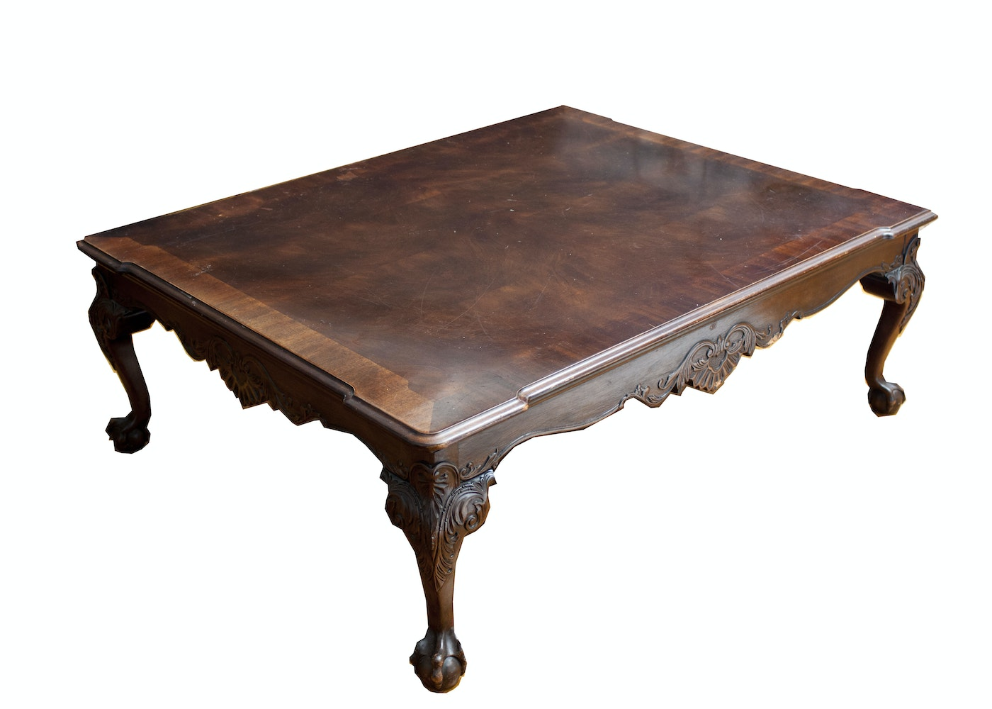 Ornate wooden coffee table ebth for Table 52 2015