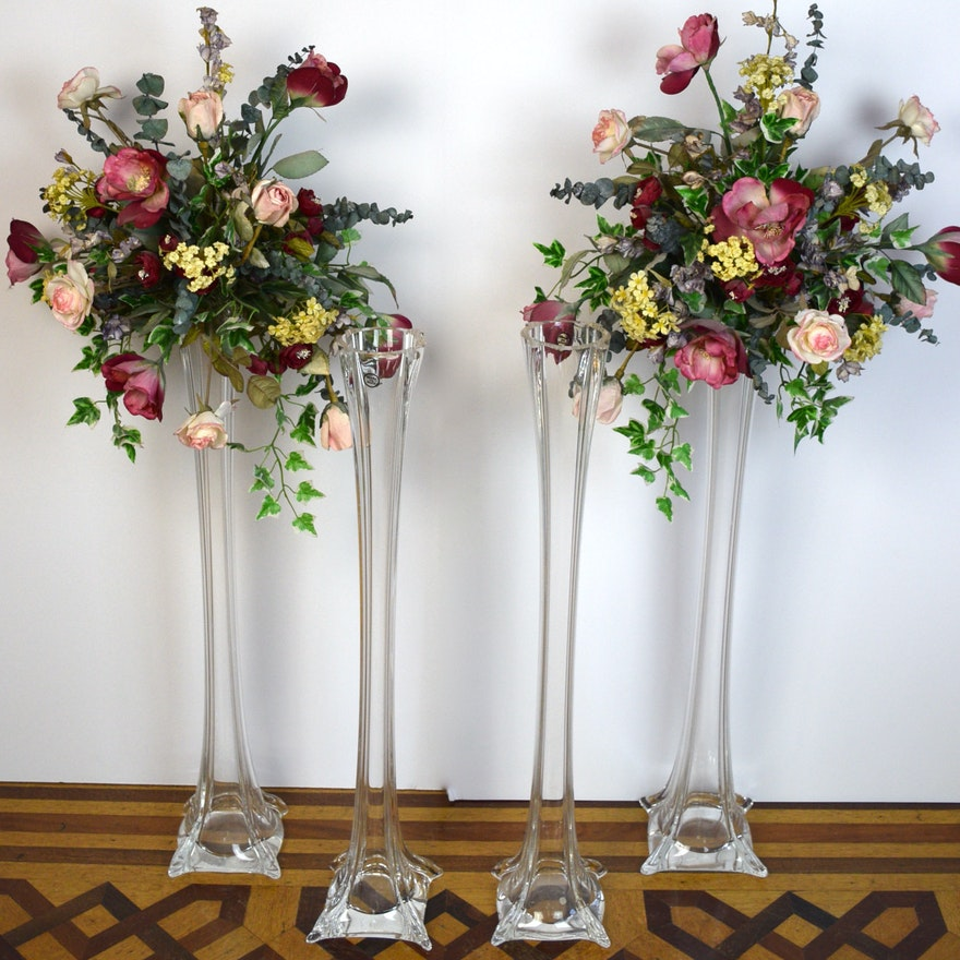 Two Sets Of Eiffel Tower Vases With Artificial Flowers Ebth