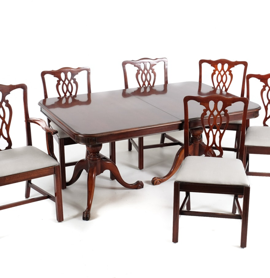 cherry duncan phyfe dining table and six chairs ebth. Black Bedroom Furniture Sets. Home Design Ideas