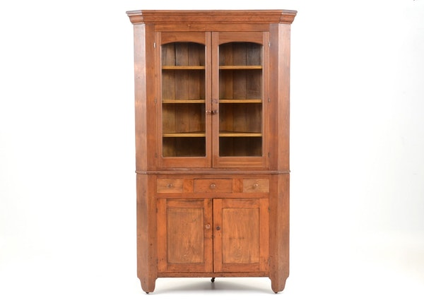 Mid Century Corner Cabinet: Mid-19th Century Corner Cabinet : EBTH