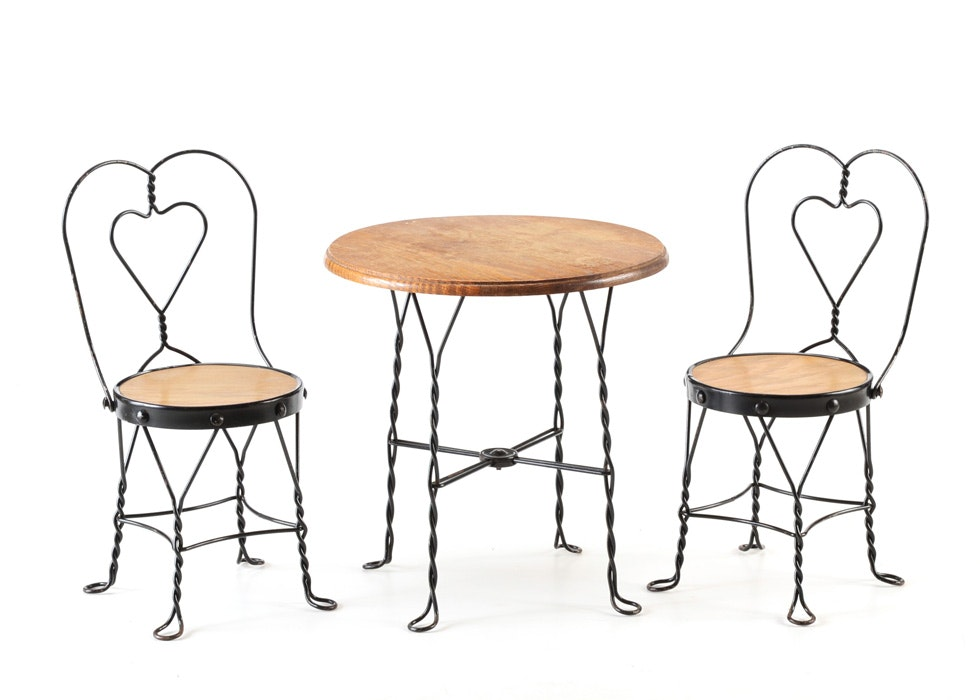 Vintage Childrenu0027s Ice Cream Parlor Table And Chairs ...