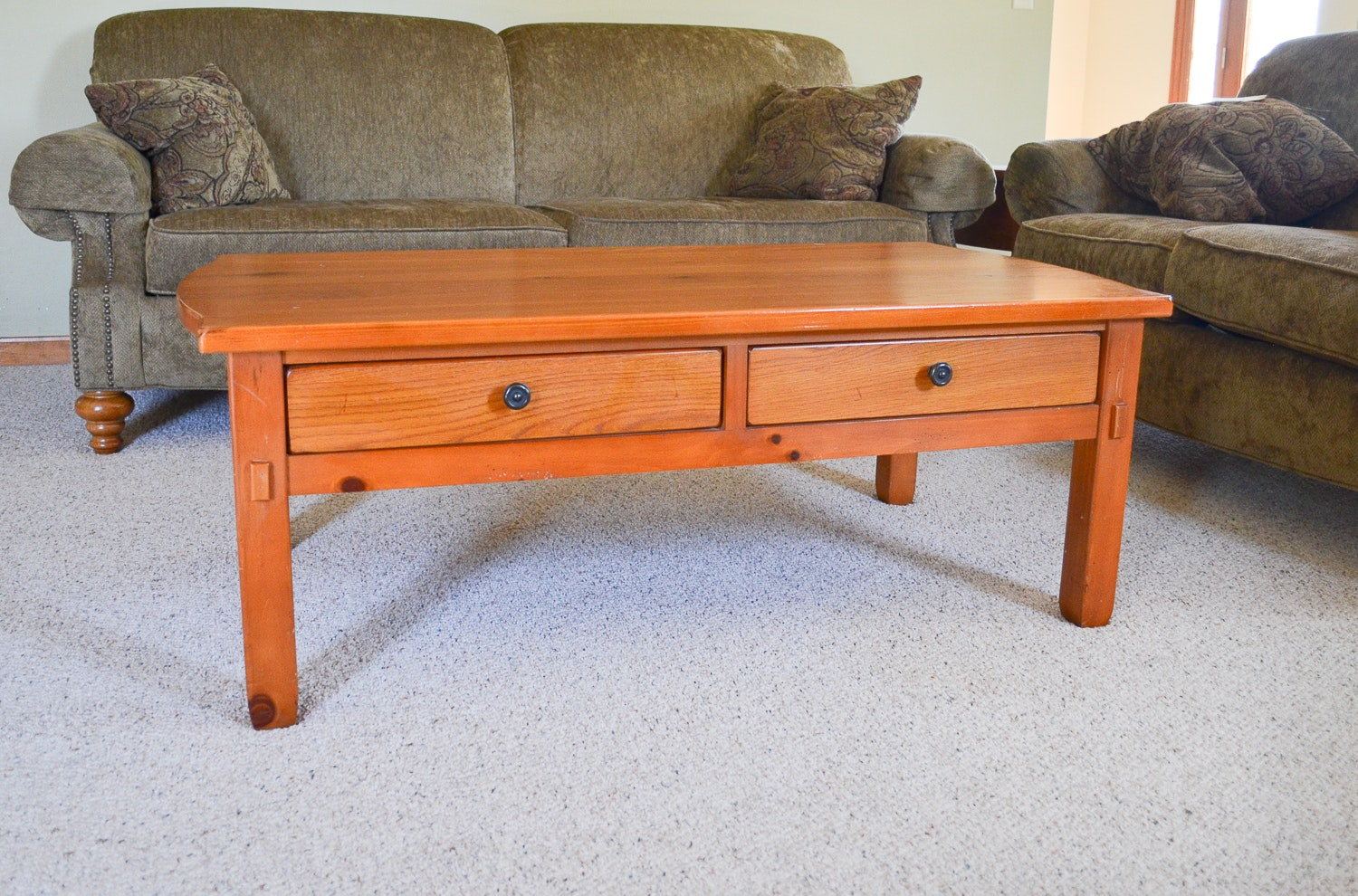 Good Broyhill Traditional Oak Coffee Table ...