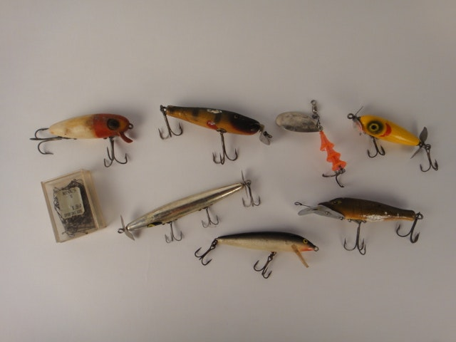 collection of vintage fishing lures including gibbs : ebth, Hard Baits