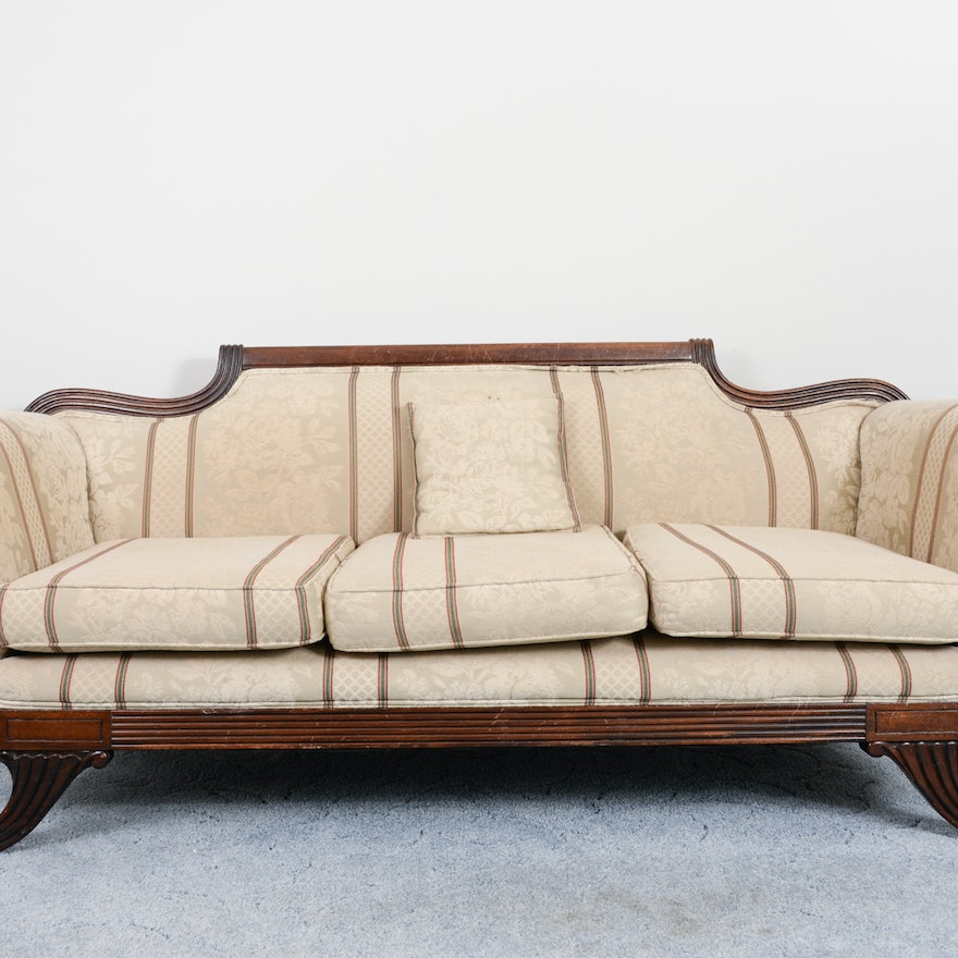 Antique Sofa Duncan Phyfe: Upholstered Duncan Phyfe Federal Style Sofa