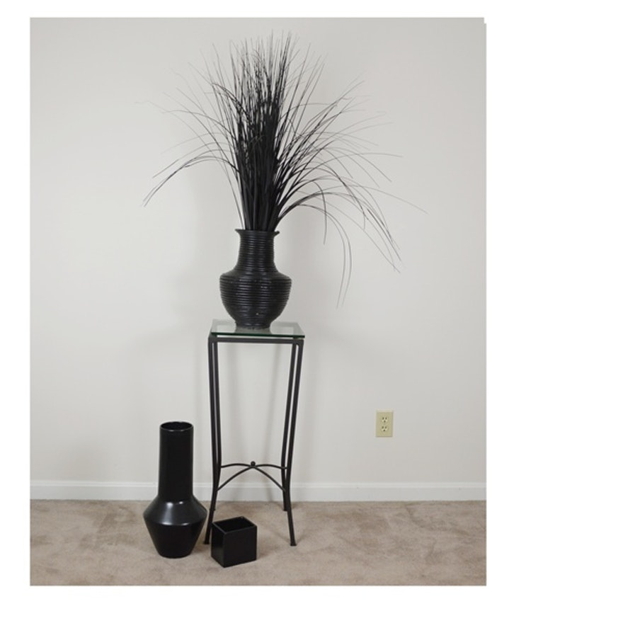 Black Metal Corner Table And Vases Ebth