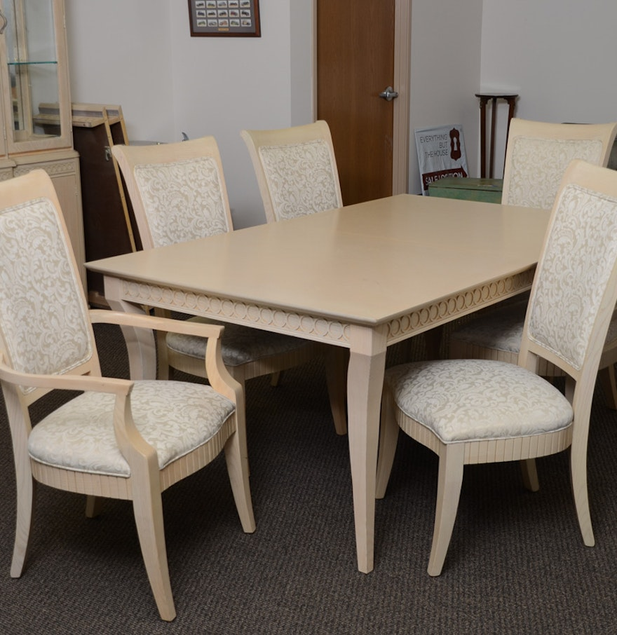 dining room table and chairs by thomasville ebth. Black Bedroom Furniture Sets. Home Design Ideas