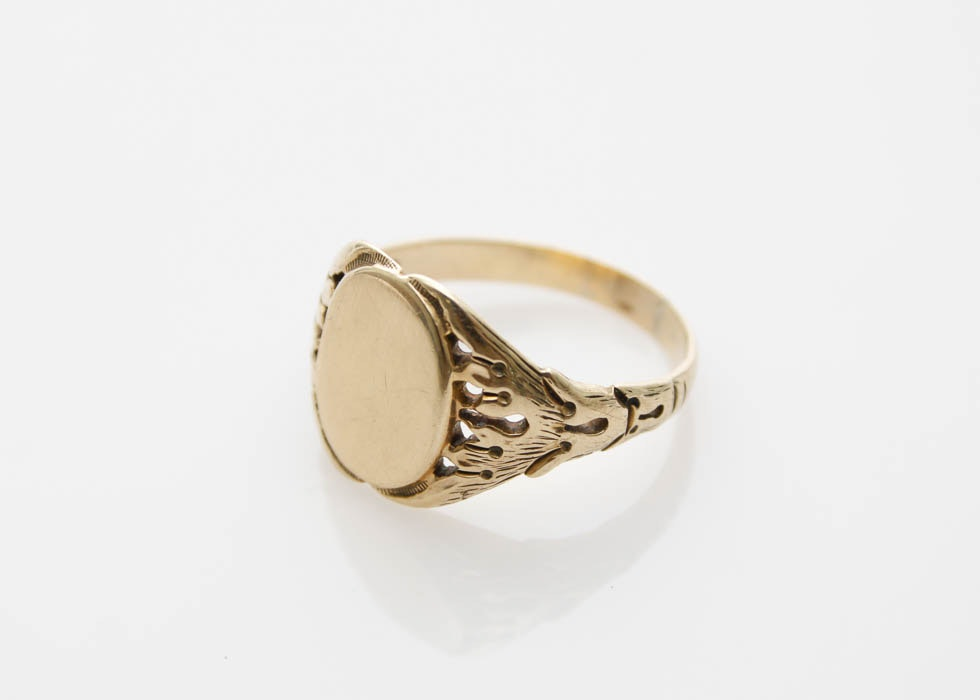 10k gold fancy signet ring ebth