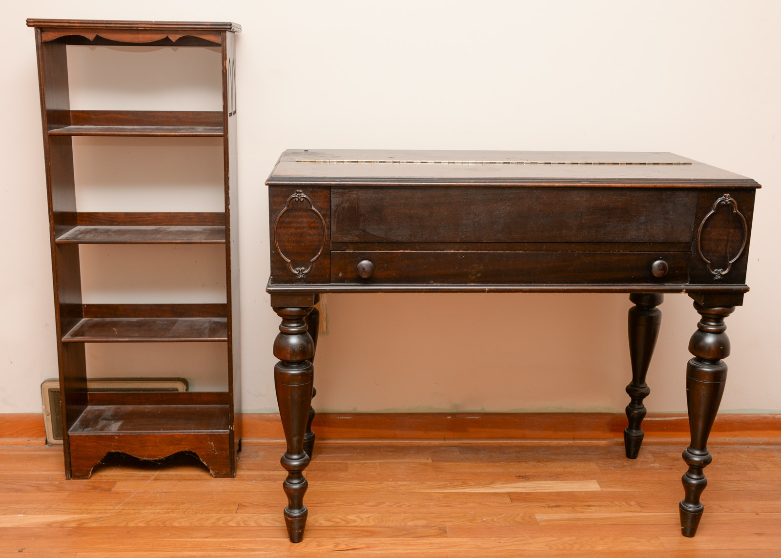 Hekman Spinet Secretary Desk And Book Shelf Ebth