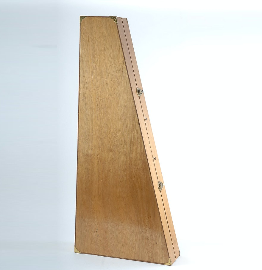 custom hand made wooden instrument guitar case ebth. Black Bedroom Furniture Sets. Home Design Ideas