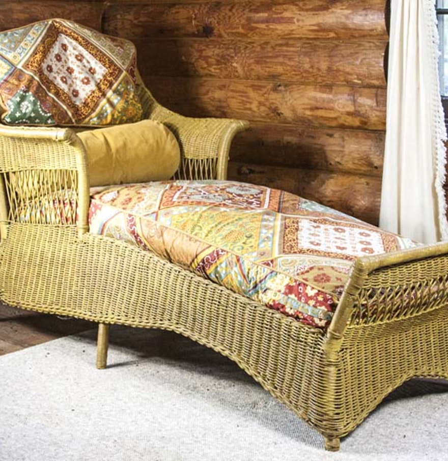 Antique wicker lounge chair - Antique Wicker Chaise Lounge