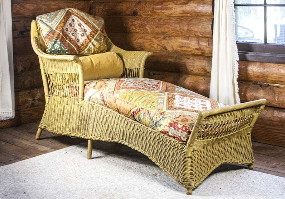 Antique Wicker Chaise Lounge ... : antique wicker chaise - Sectionals, Sofas & Couches