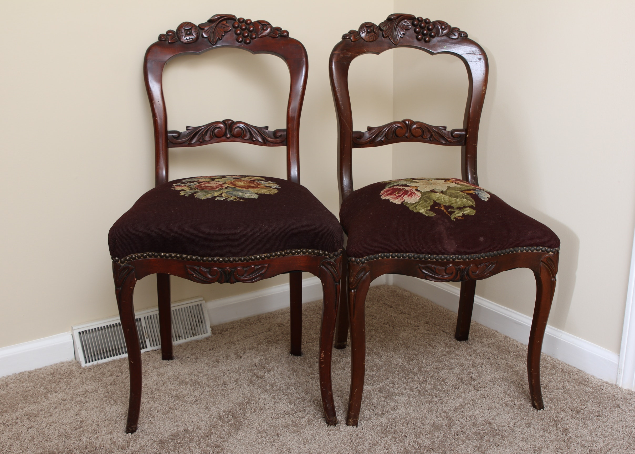 Rococo Revival Rosewood Chairs With Needlepoint Seat ...