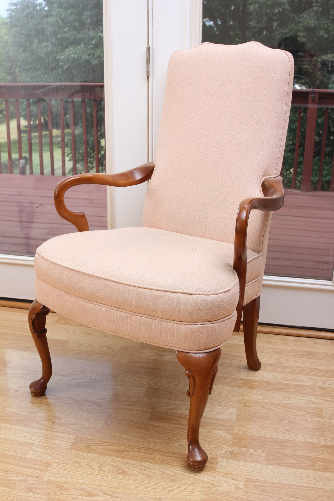 Pair of queen anne style chairs ebth for Queen anne style