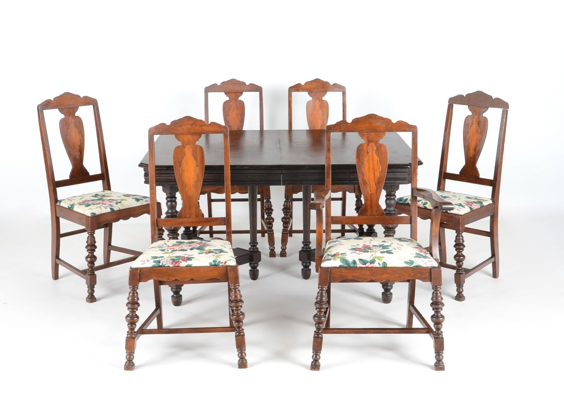 1920s Jacobean Style Dining Table and Chairs EBTH : DSC7072jpgixlibrb 11 from www.ebth.com size 880 x 906 jpeg 123kB