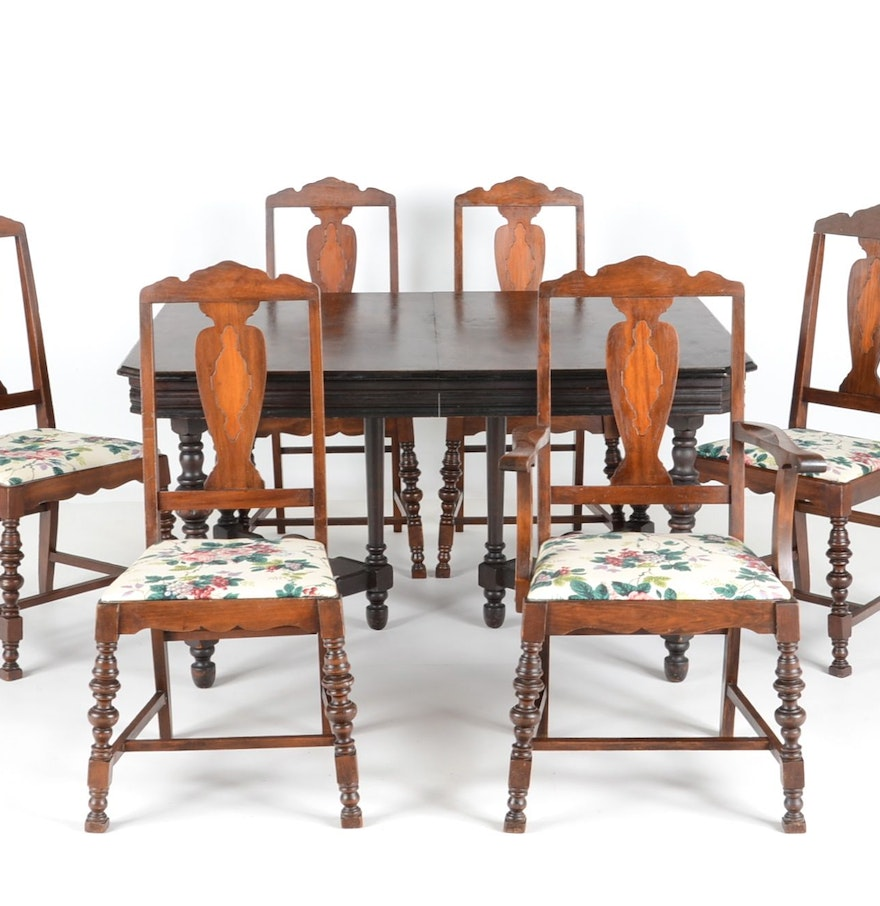 1920s jacobean style dining table and chairs ebth. Black Bedroom Furniture Sets. Home Design Ideas