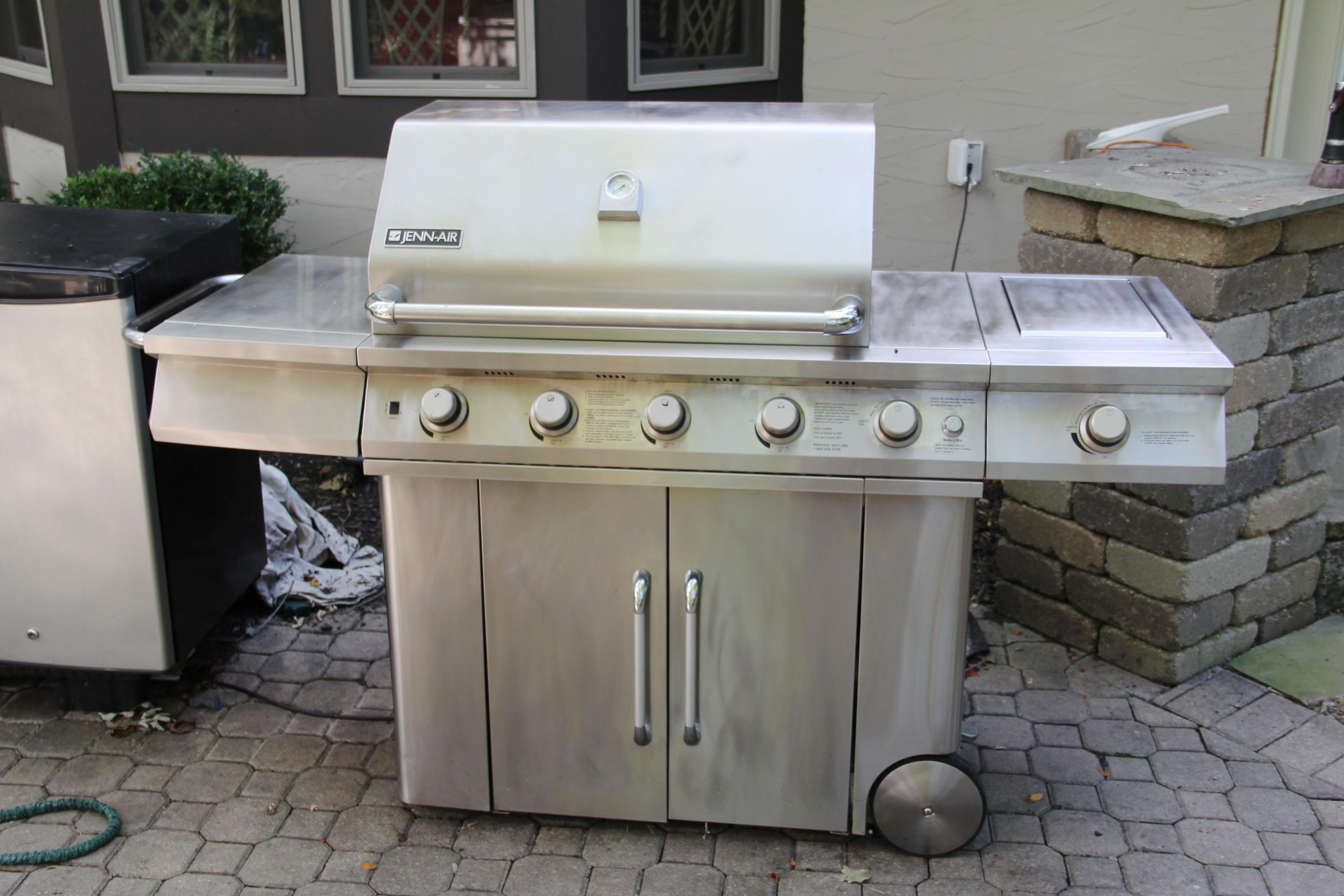 jenn air gas grill. jenn-air stainless steel gas grill jenn air g