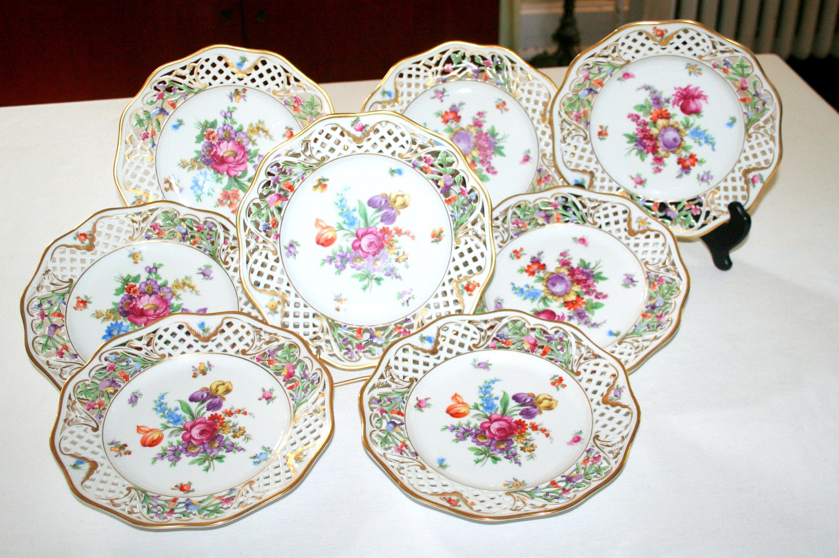 Eight Schumann Dresden China Plates ...  sc 1 st  EBTH.com & Eight Schumann Dresden China Plates : EBTH