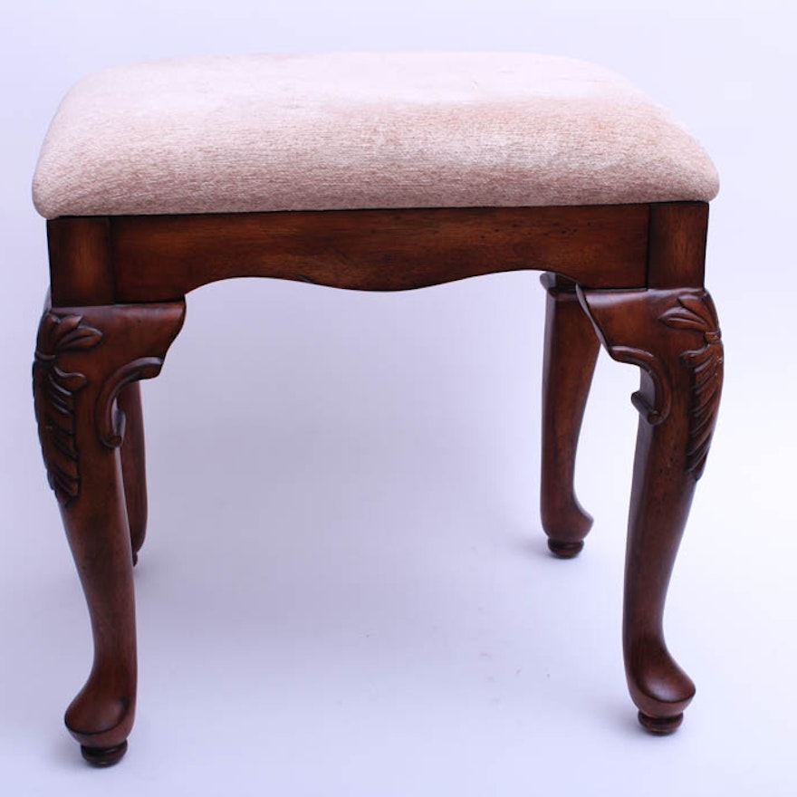 Awe Inspiring Cherry Finish Queen Anne Style Vanity Stool Squirreltailoven Fun Painted Chair Ideas Images Squirreltailovenorg