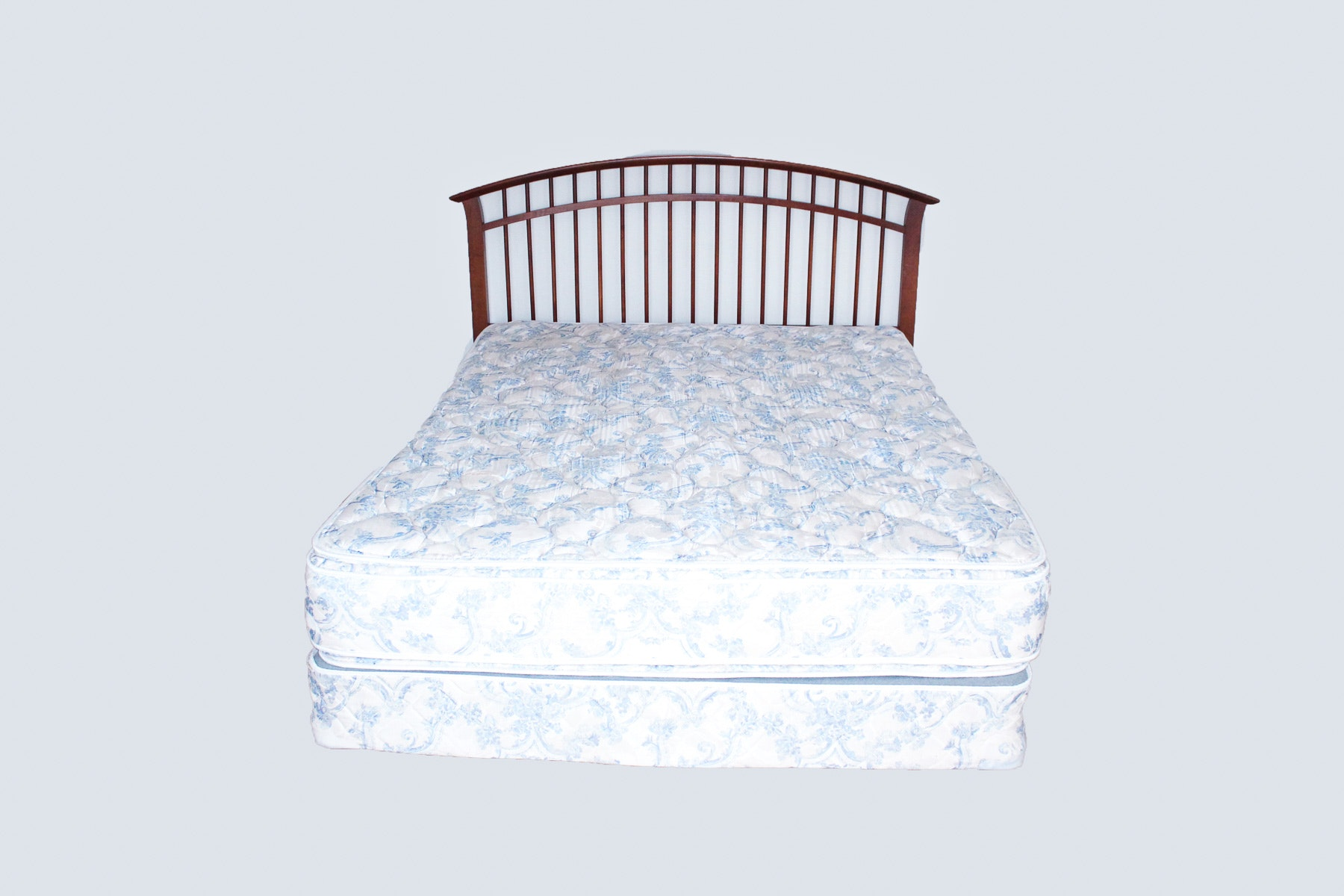 Thomasville Furniture Queen Size Headboad And Bed Frame