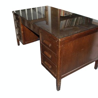 Vintage Executive Desk Used on Wall Street - Vintage Desks, Antique Desks And Used Desks Auction In Dallas, Texas