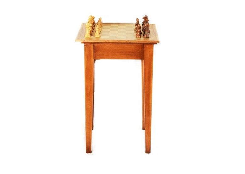 Exceptionnel Wooden Chess Game On Tall Game Table ...