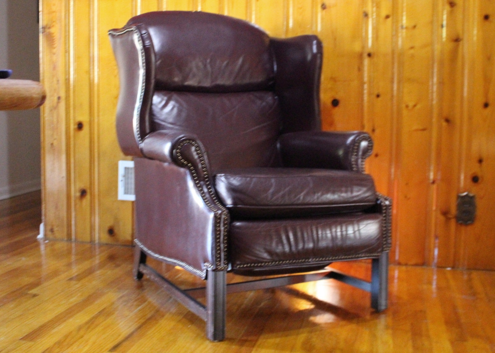 burgundy leather wingback recliner