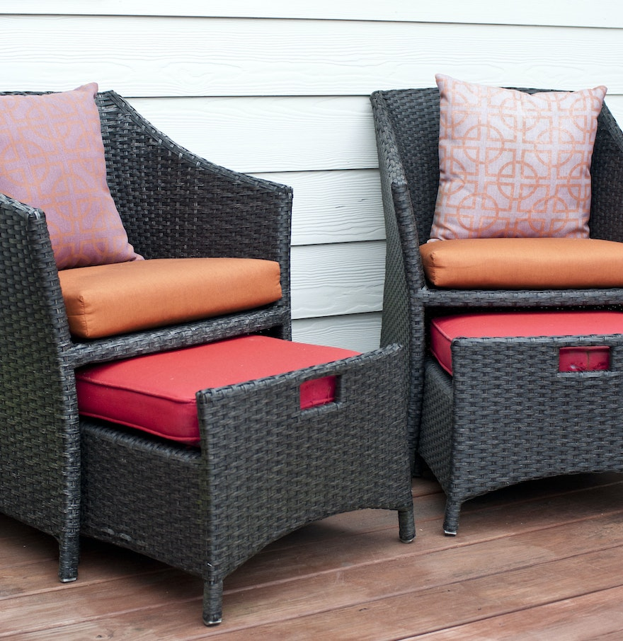 Wicker Patio Chairs And Pull Out Ottomans Ebth
