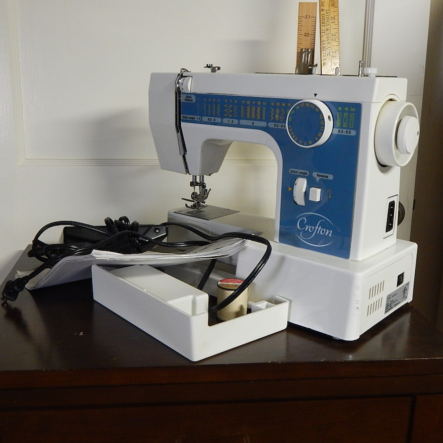 Crofton Sewing Machine And Cabinet EBTH Beauteous Crofton Sewing Machine Model 8708