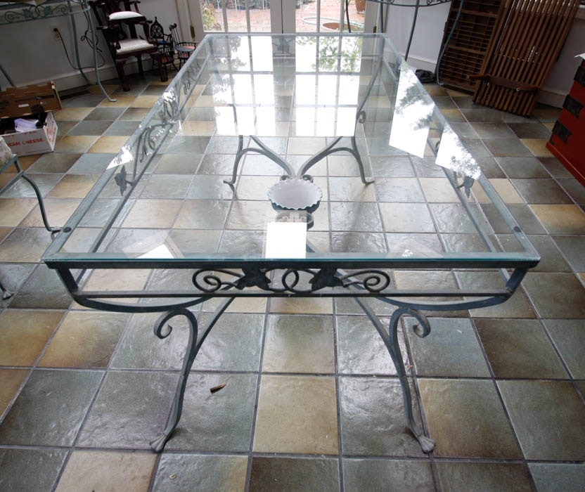 """Salterini """"Mt. Vernon"""" Dining Table And Chairs : EBTH"""
